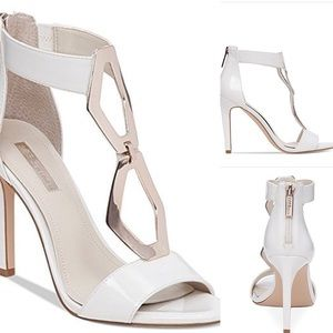 BCBGeration White Patent  Leather Heels✅